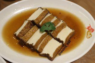 Foto 5 - Makanan(Marinated Tofu) di Kam's Roast oleh Levina JV (IG : levina_eat )