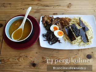 Foto 4 - Makanan di Universal Noodle Ichiro Chazuke Ramen Market oleh Francine Alexandra