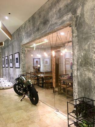 Foto 28 - Interior di Artivator Cafe oleh Prido ZH