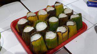 Foto 3 - Makanan(Nasi Uduk) di Nasi Uduk Kebon Kacang Puas Hati oleh Chrisilya Thoeng
