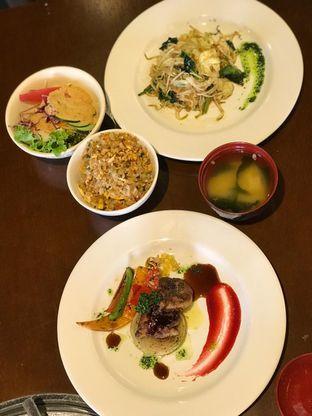 Foto 2 - Makanan di Motto Yakiniku oleh Makan2 TV Food & Travel