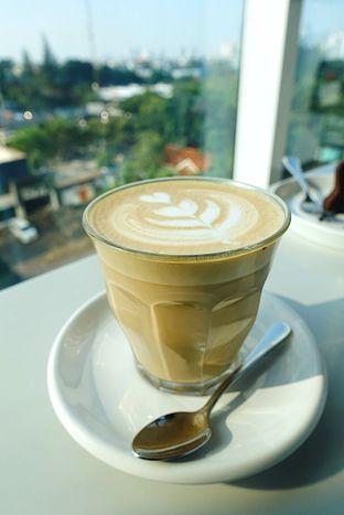 Foto 1 - Makanan di 1/15 One Fifteenth Coffee oleh iminggie