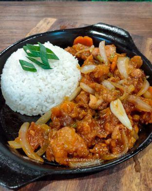 Foto 1 - Makanan di Ow My Plate oleh @mizzfoodstories