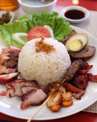 Foto - Makanan di Nasi Campur Ko Aan oleh Andi S
