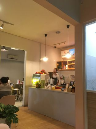 Foto 6 - Interior di BROWNFOX Waffle & Coffee oleh Prido ZH