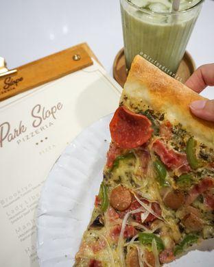 Foto 2 - Makanan di Park Slope Pizzeria oleh @mizzfoodstories