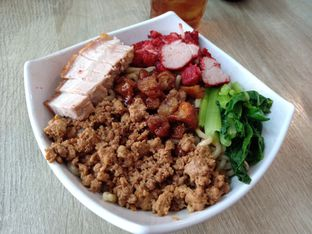 Foto 1 - Makanan di Bakmi Karet Asiu oleh Jocelin Muliawan