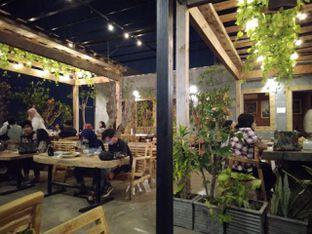 Foto review Republika Cafe & Resto oleh Putra  Kuliner  6
