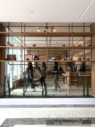 Foto 2 - Interior di Dailydose Coffee & Eatery oleh riamrt
