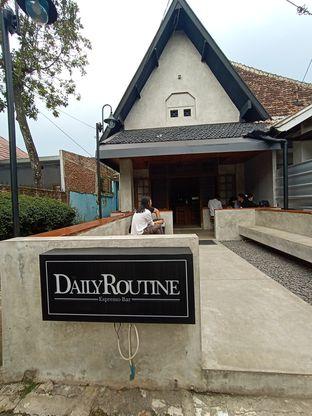 Foto 3 - Eksterior di Daily Routine Espresso Bar oleh Kuliner Addict Bandung