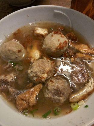 Foto 4 - Makanan di Bakso So'un & Mie Ayam Lodaya oleh Henie Herliani