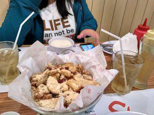 Foto 2 - Makanan(Honey Butter Chicken (IDR 159k)) di Chir Chir oleh Renodaneswara @caesarinodswr