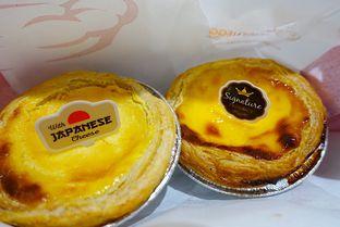 Foto 8 - Makanan di Golden Egg Bakery oleh iminggie