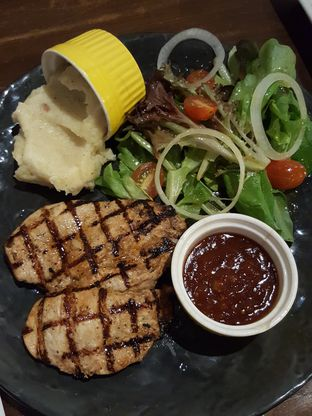 Foto 2 - Makanan di Blacklisted oleh Stallone Tjia (@Stallonation)