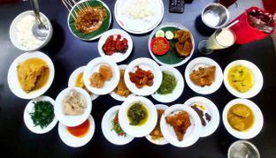Foto 1 - Makanan di Restoran Sederhana SA oleh denise elysia