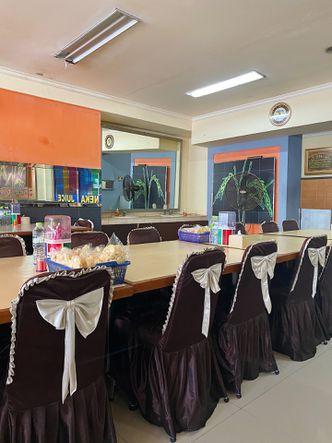 Foto Interior di Restoran Sederhana Slipi Raya