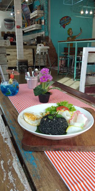 Foto 6 - Makanan di Happiness Kitchen & Coffee oleh Devi Renat