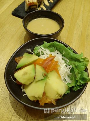 Foto 2 - Makanan di Sushi Hiro oleh Mich Love Eat