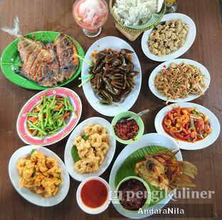 Foto 1 - Makanan(Semua pesanan :D) di Rumah Makan Rindang Alam oleh AndaraNila