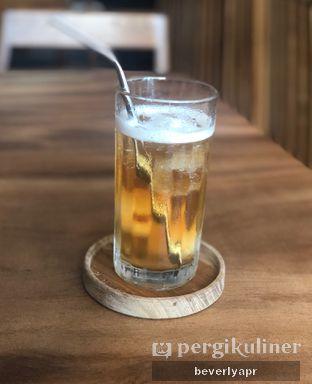 Foto review Emji Coffee Bar oleh beverlyapr 3