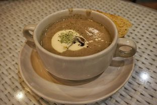 Foto 4 - Makanan(Mushroom Soup) di Skyline oleh Fadhlur Rohman
