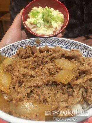 Foto 1 - Makanan di Yoshinoya oleh Rinia Ranada