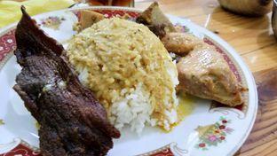 Foto - Makanan di RM Pondok Minang Jaya oleh Komentator Isenk