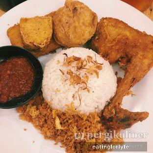 Foto - Makanan di Ayam Gedebuk oleh Fioo | @eatingforlyfe