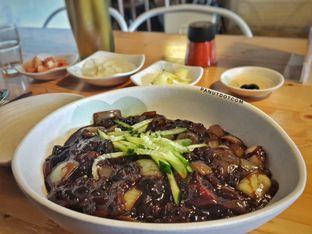 Foto 2 - Makanan(Jjajang Myeon) di Holy Noodle oleh Stefanus Mutsu