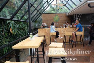 Foto 10 - Interior di Kebon Awi Kaffee oleh Darsehsri Handayani