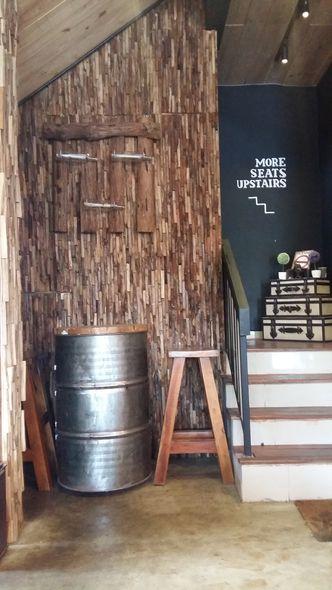 Foto Interior di Six Ounces Coffee