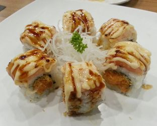 Foto 1 - Makanan di Sushi Joobu oleh Vising Lie