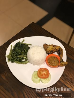 Foto review Ayam Bulungan oleh April Prabowo 1