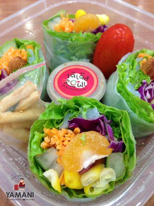 Foto 2 - Makanan(Japanese Style) di Sushi & Sashimi oleh awakmutukangmakan