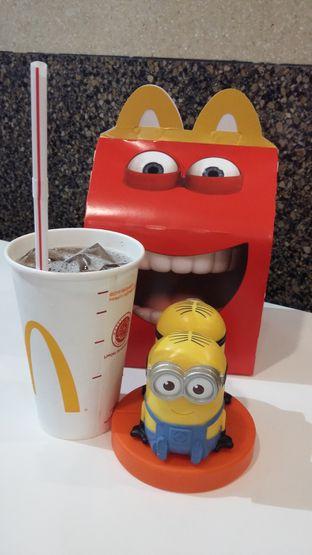 Foto - Makanan(happy meal) di McDonald's oleh yukjalanjajan