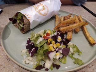 Foto 2 - Makanan di Burgreens Eatery oleh irma Wulan