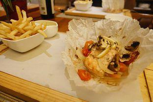 Foto 1 - Makanan di Botany Restaurant - Holiday Inn oleh iminggie