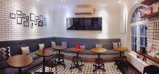 Foto 5 - Interior di Qubico Coffee oleh Astrid Huang   @biteandbrew