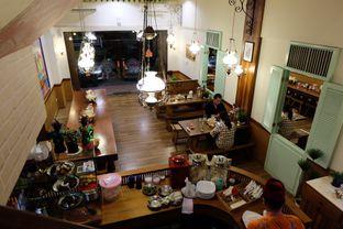 Foto 5 - Interior di Soto Betawi Bang Sawit oleh Yuni