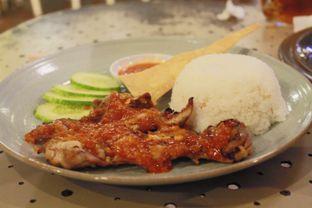Foto 4 - Makanan(Grilled Chicken Vietnam) di Giggle Box oleh Novita Purnamasari