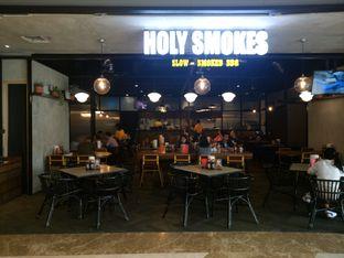 Foto 8 - Eksterior di Holy Smokes oleh yudistira ishak abrar