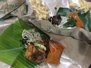 Foto 3 - Makanan di Nasi Pecel Mbak Ira oleh yudistira ishak abrar