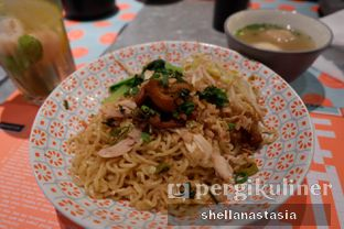 Foto 2 - Makanan(Yamien Bakso Asin) di Gopek Restaurant oleh Shella Anastasia