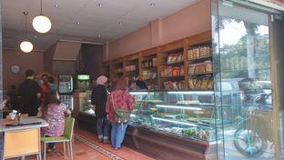 Foto 10 - Interior(Toko) di Kue Westhoff oleh Raisa Hakim