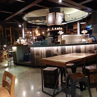 Foto 2 - Interior di One Eighty Coffee and Music oleh Nadia Indo