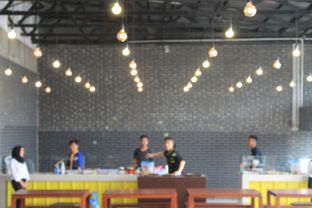 Foto 18 - Interior di Warung Wakaka oleh Prido ZH