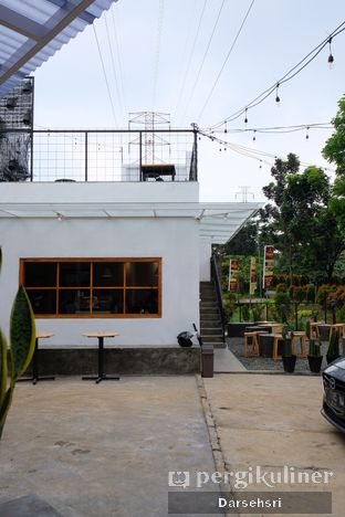 Foto review Contrive Coffee and Space oleh Darsehsri Handayani 7