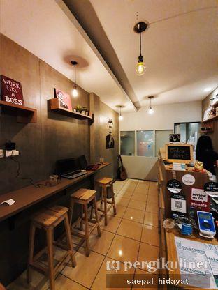 Foto 4 - Interior di Sudut Pandang Kopi oleh Saepul Hidayat