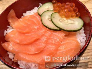 Foto 4 - Makanan(Salmon don) di Sushi Tei oleh LenkaFoodies (Lenny Kartika)