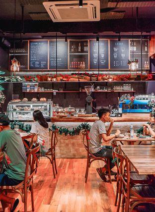 Foto 11 - Interior di Six Ounces Coffee oleh @kenyangbegox (vionna)